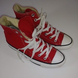 Unisex Converse Chuck Taylor Red